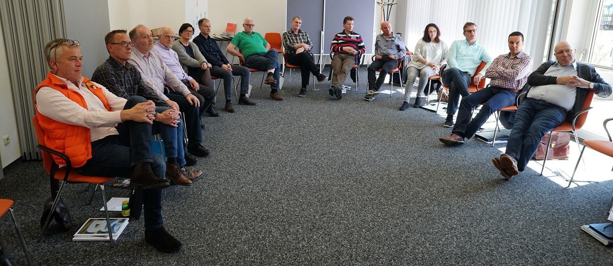 Grenzen überwinden, Seminar, Workshop, Team, Seminarraum, IAK Institut für Angewandte Kreativität, Markus Gruber